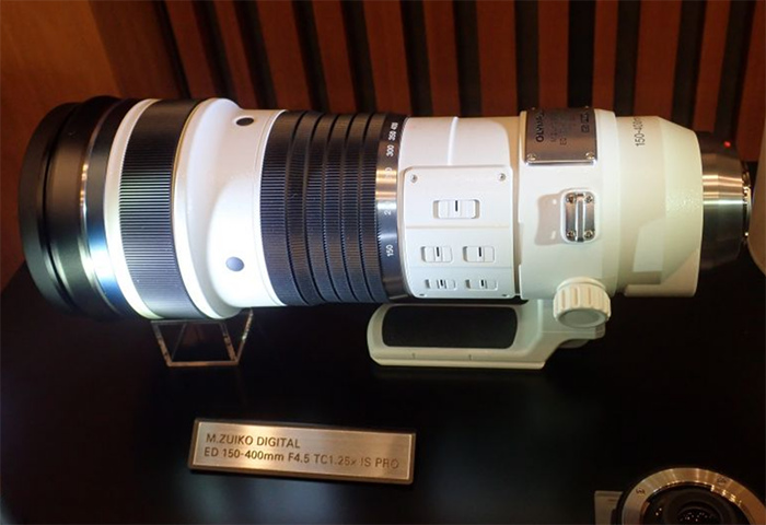 Объектив Olympus M.Zuiko 150-400mm f/4.5 TC1.25x IS Pro