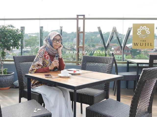 Tempat sarapan outdoor