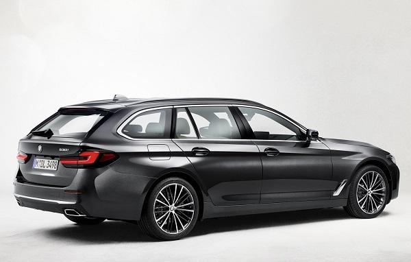 BMW 530i Touring 2021