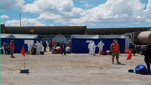 Más de 400 bolivianos procedentes de Chile puestos en cuarentena