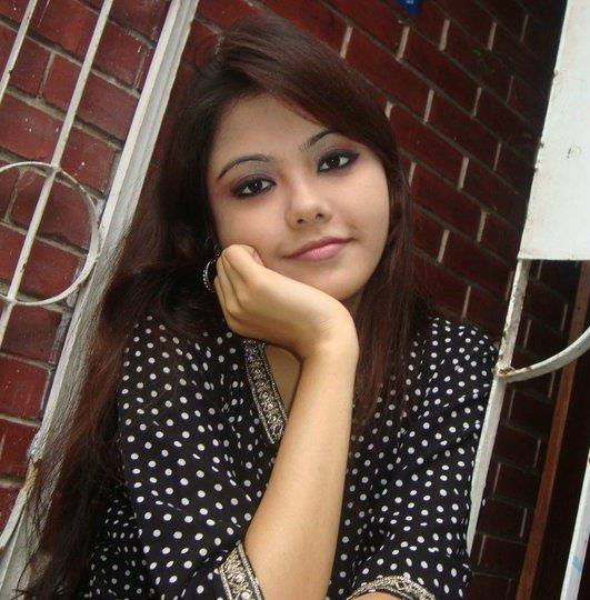 Hot Desi Girls Pictures 2012 2012