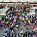 दिल्ली में लॉकडाउन के बाद यूपी-बिहार जाने के लिए उमड़ी भीड़, दिखें पिछले साल वाले हालात