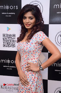 Actress Sanchita Shetty Pictures at Mirrors Salon App Launch Event 0011