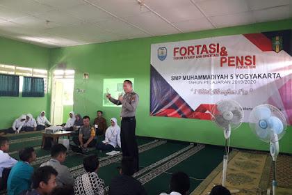 Polsek Kraton Lakukan Penyuluhan Peserta Didik Baru SMP Muhammadiyah 5 Yogyakarta