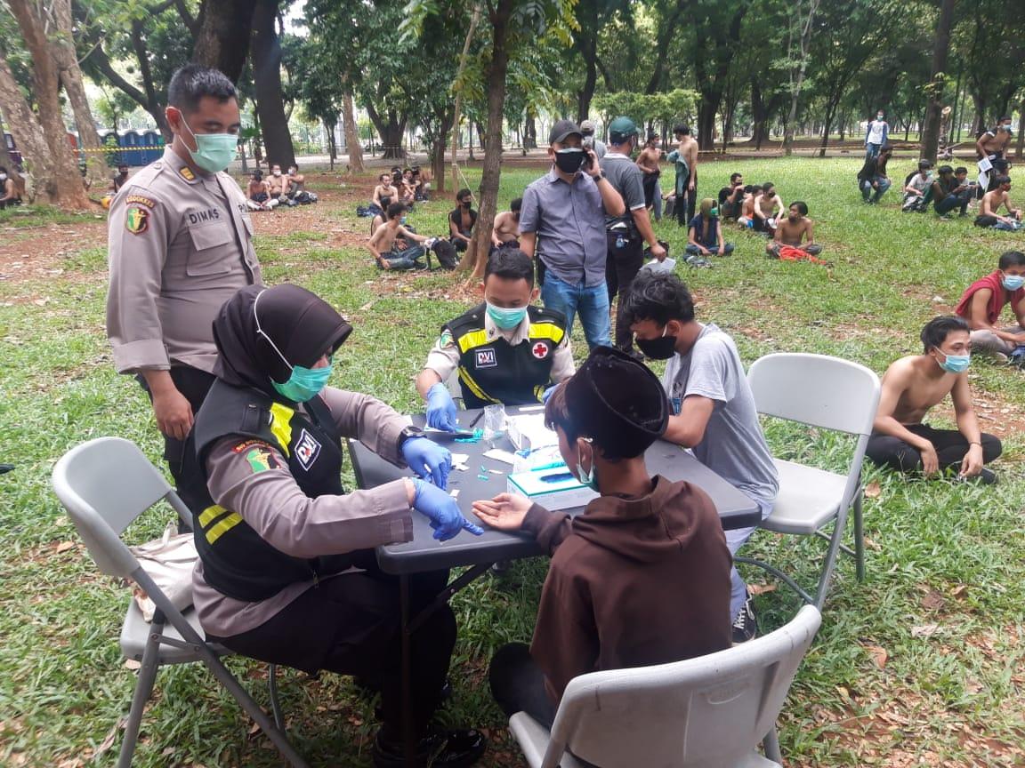 34 Pedemo di Jakarta dan 13 di Bandung Reaktif Covid-19