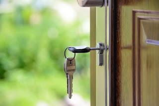 Beban Orang Dewasa; Membeli Rumah