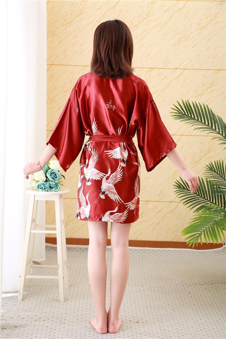 Áo choàng tắm, áo khoác ngủ nữ phi lụa sang trọng 3