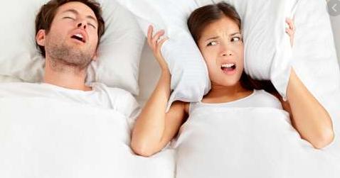 Fakta Mengapa Seseorang Mendengkur Saat Tidur