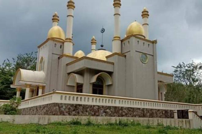 Viral, Masjid Megah Bak Istana di Tengah Hutan Jadi Perbincangan Warganet