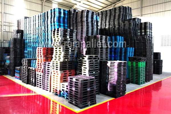 gudang pallet plastik bekas Rajapallet di Jababeka