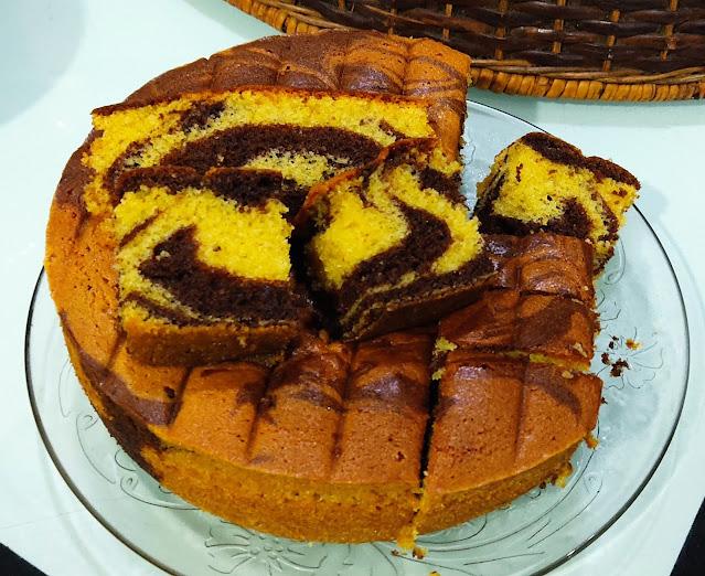 Kek Marble Mudah, Gebu Dan Sedap | Kek Pilihan Sepanjang Masa, kek marble, resipi kek marble sukatan cawan, resipi kek marble mudah dan sedap, kek mudah dan sedap, senangnya buat kek marble, marble cake, marble cake recipe, how to make marble cake, kek kampung mudah dan sedap, sedapnya kek marble, cake recipe, cara buat kek marble, resepi kek marble mudah dan sedap