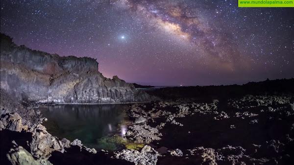Los cielos de Fuencaliente llegan a todo el mundo de la mano delastro fotógrafo Daniel López