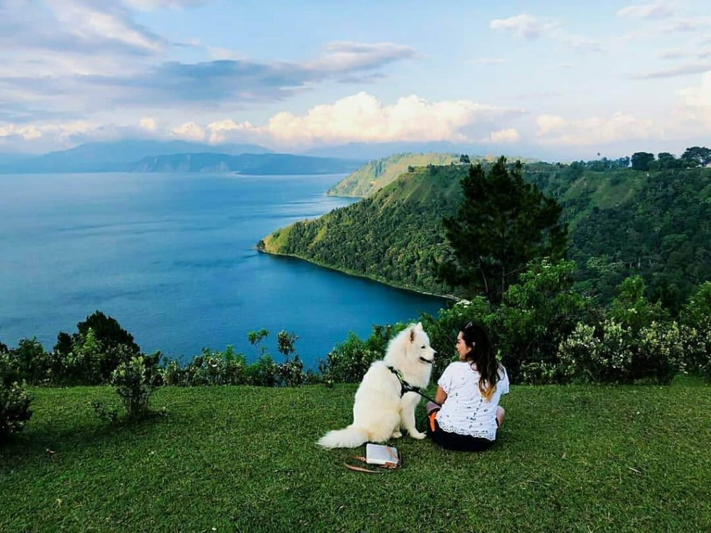Danau Toba Tourism, Uniqueness in the Beauty of Lake Legend