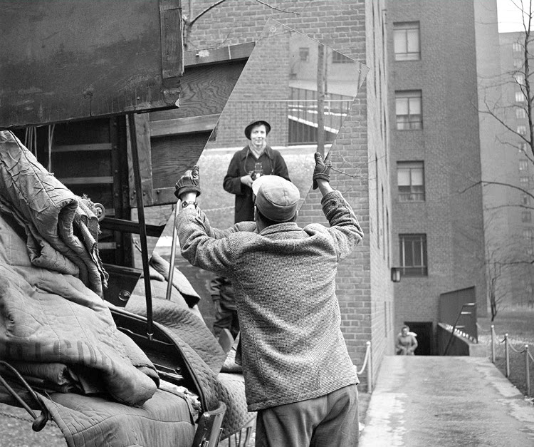A Vintage Nerd Vivian Maier Photography Vintage Photos Period Documentary Black & White Photography