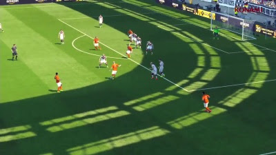 What's The) Name Of The Song: PES 2016 - Gameplay Trailer (Gamescom