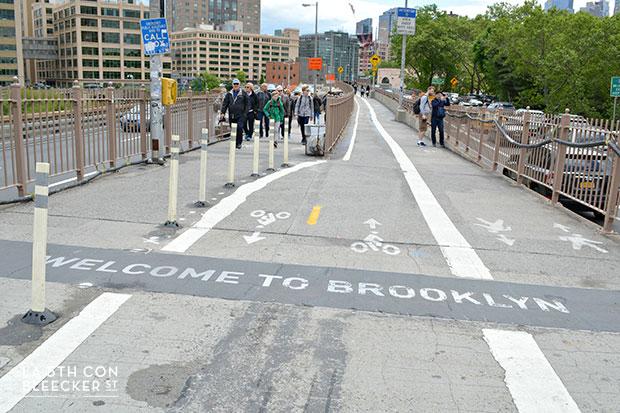Puente de Brooklyn entrada a Brooklyn