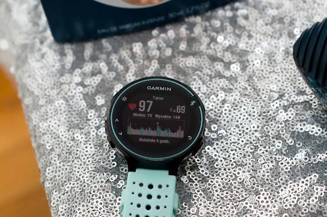 zegarek dla początkujących biegaczy, Garmin Forerunner 235 HR