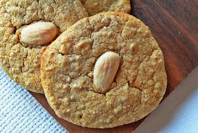 Ciasteczka jaglano-migdałowe z cynamonem