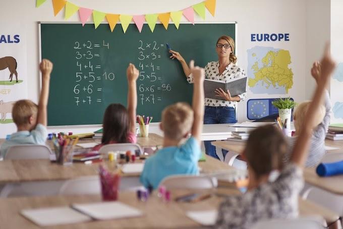 'अध्यापकों का विकल्प नहीं तकनीक': डॉ. शर्मा