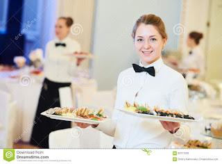 Recherche des serveuses qualifiées