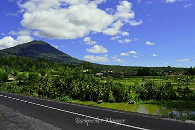 Jalan menuju Jatiluwih Rice Terrace - Backpacker Manyar