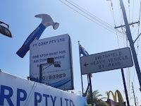 Smithfield BIG Hammer   BIG Things of Australia