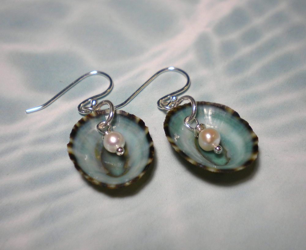 7450a5a96 Shell Horizons - Beautiful Shell Earrings