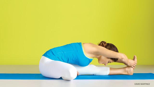 Bài tập yoga tăng cường sức khoẻ Janu Sirsasana