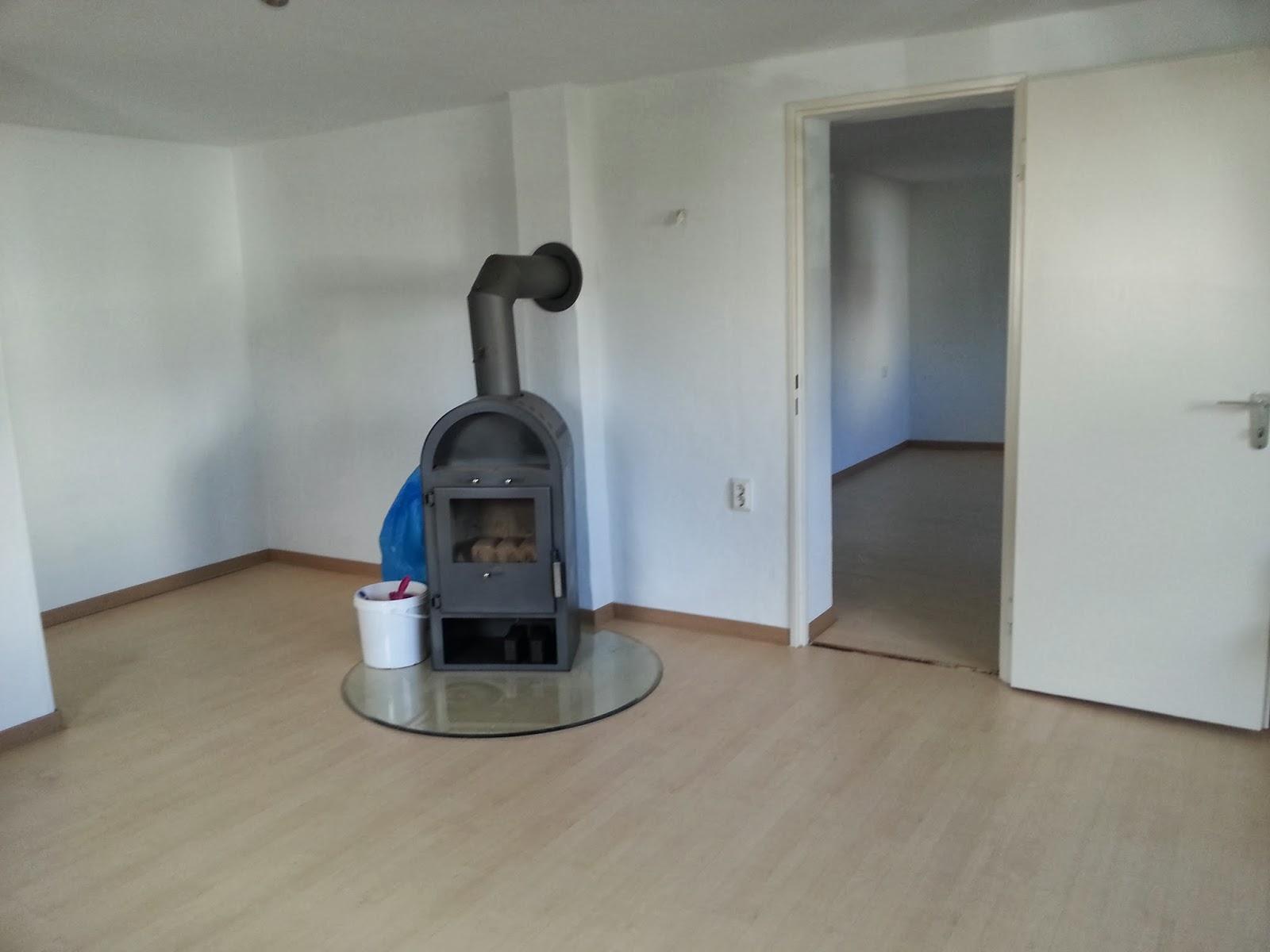 home company mietwohnzentrale gie en marburg wetzlar helle 2 zi souterrain wohnung in lich. Black Bedroom Furniture Sets. Home Design Ideas