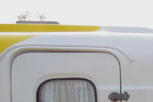 trailer stick-on rain guetter