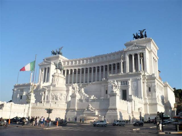 il complesso del vittoriano a roma