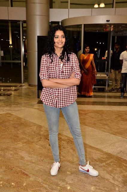 Ritika Singh Stills At Cancer Crusaders Invitation Cup 2018