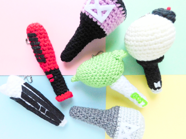K-pop Light Stick Plush Keychains