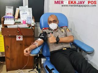 Serdik Cahyo luangkan Waktu Mendonorkan Darahnya Untuk Membantu Sesama Klinik Pratama PMI Kab Wonosobo