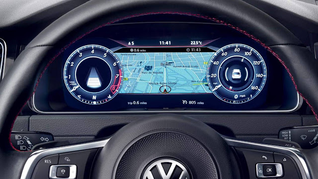 2018 VW Golf GTE - Active Info Display