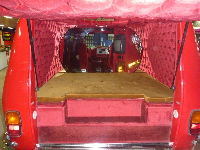 Bedford Cf2 Van Dezembro 2011