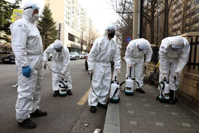 Nhà vi trùng học hàng đầu Hong Kong: Dịch Coronavirus sẽ không kết thúc trong năm nay