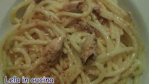 Lela in cucina tutti possono cucinare spaghetti allo for Cucinare sgombro