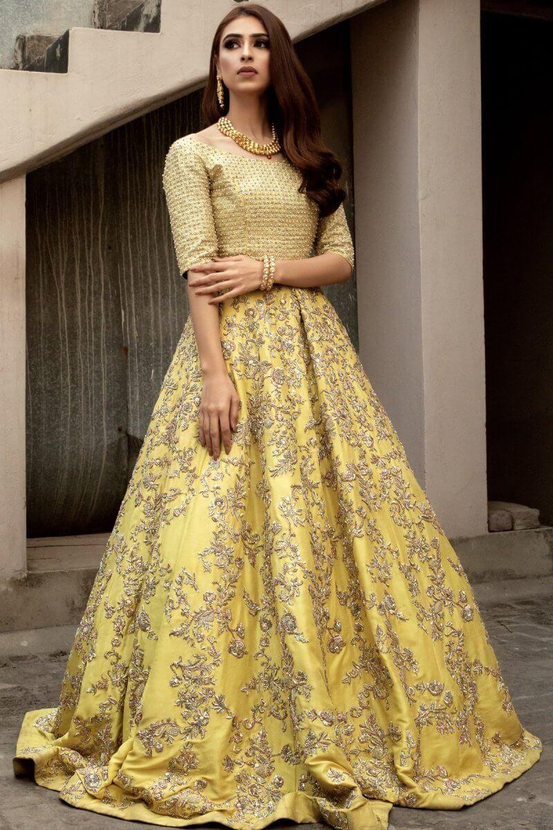 Lemon yellow wedding dress with skirt, embellished blouse and heavy dupatta
