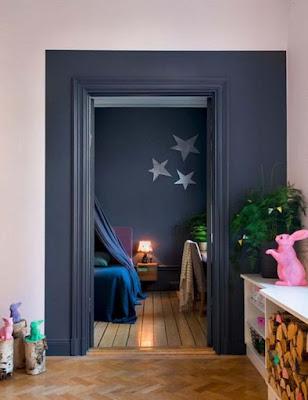 http://www.cotemaison.fr/atelier-deco/peinture-porte-interieure-10-idees-relooking_26684.html