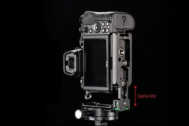 Sunwayfoto PNL-Z6II L Bracket on Nikon Z6II distanced