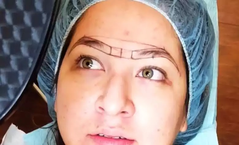 This image is showing microblading line marker