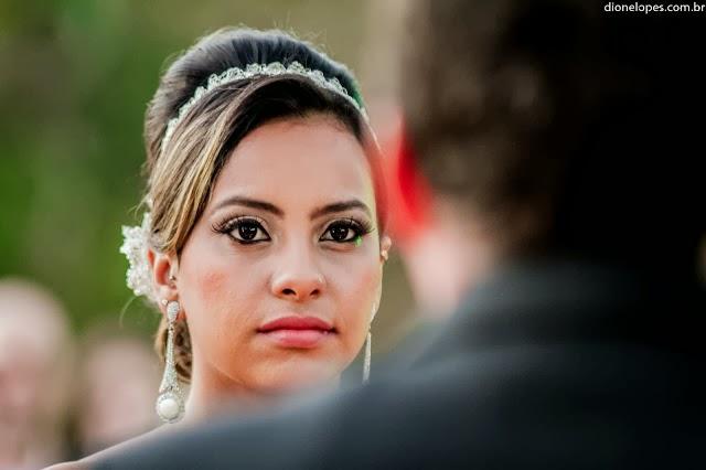 cerimônia - altar - casamento ao ar livre - casamento de dia - noivos - noiva