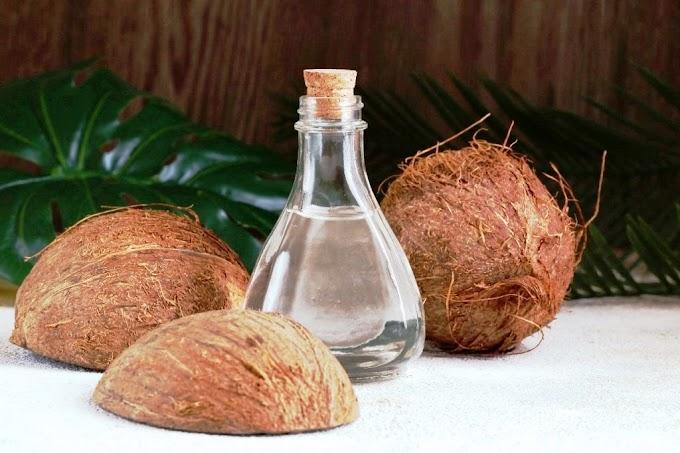 Tips Sembuhkan Covid-19 Dengan Air Kelapa dan Minyak Kelapa