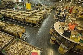 Pengertian dan Contoh Benda Konsumsi dan Benda Produksi