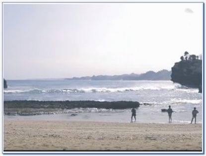 Lokasi Pantai Batu Bengkung Malang