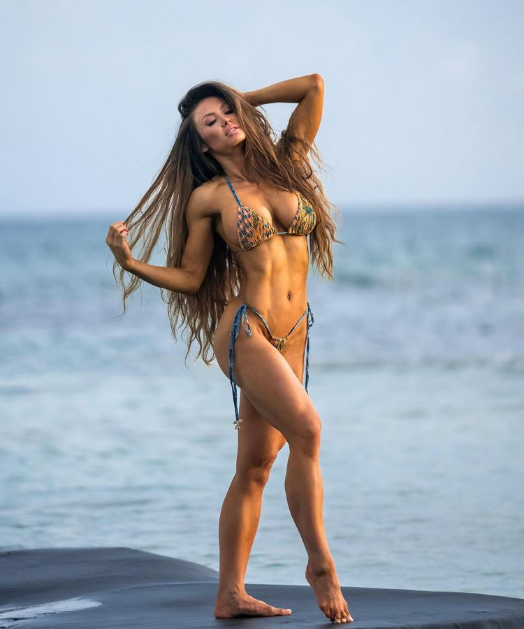 Fitness model Michie Peachie