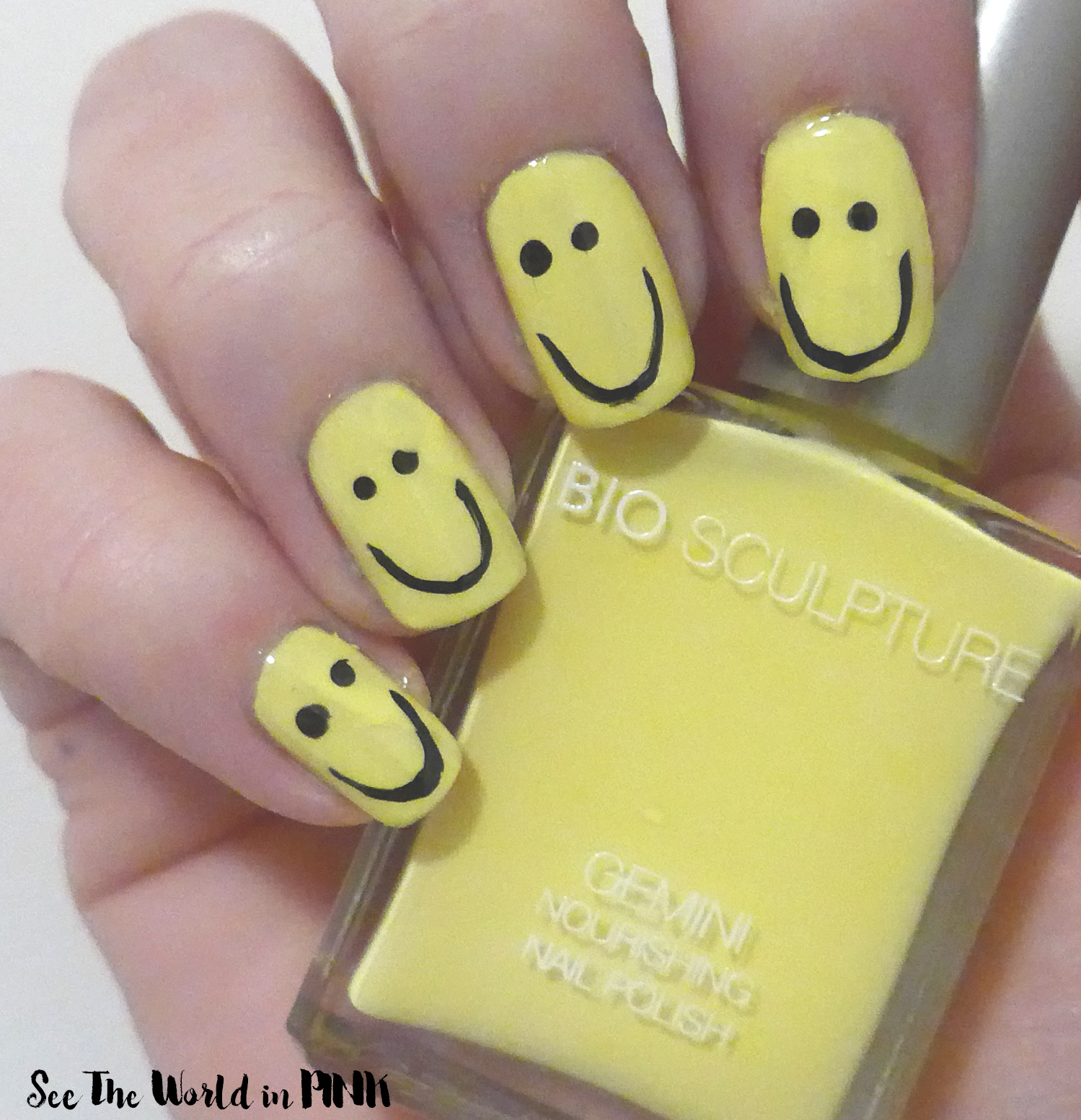 Manicure Monday - Happy Face Nails