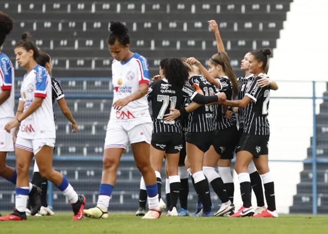 Feminino: Corinthians lidera e deixa Bahia na lanterna