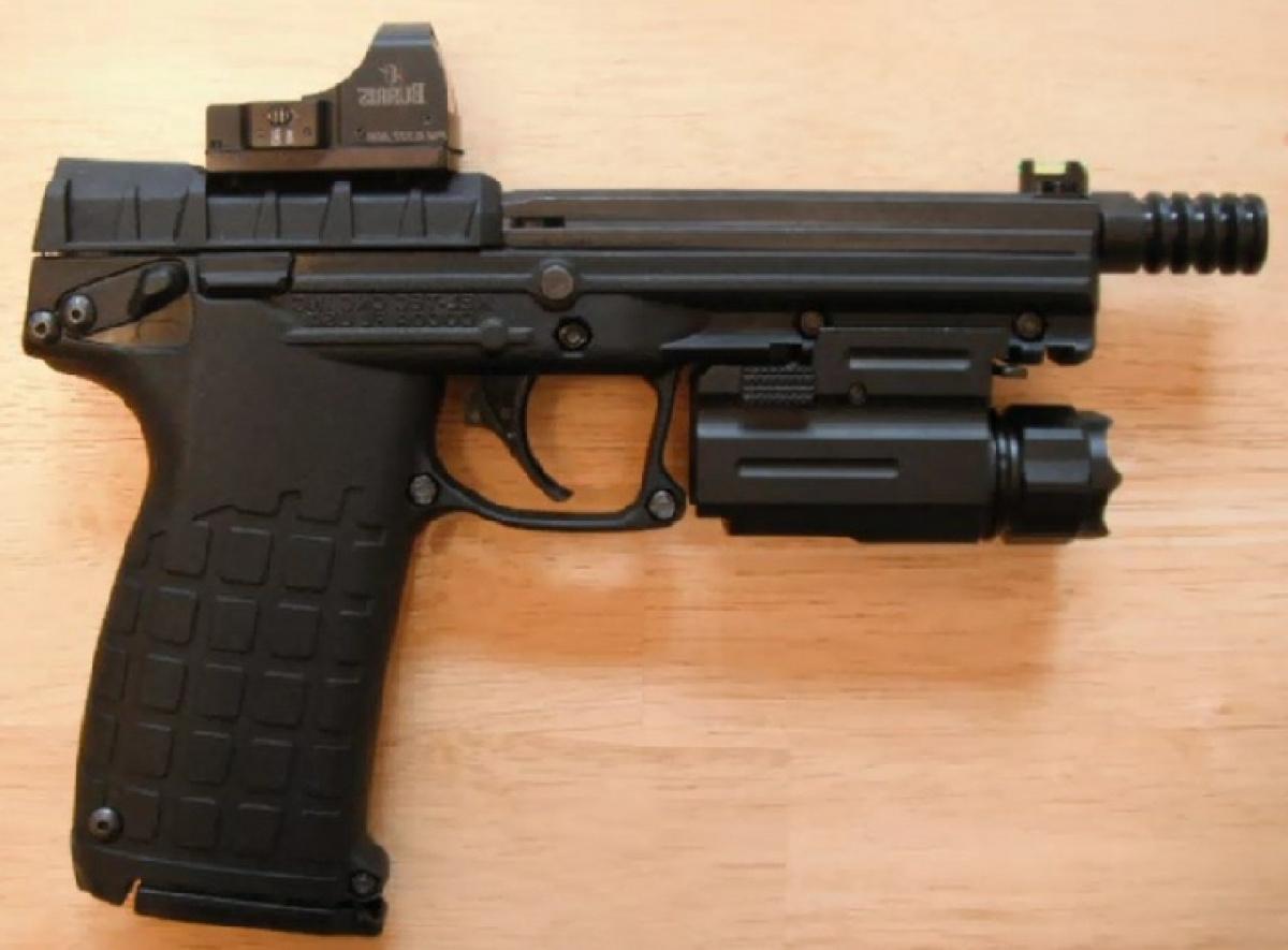 Вот это считают лучшим пистолетом в мире!